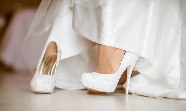 451058d1e2b3 Свадебные туфли 2019 года  фото модных новинок, тренды весны лета ...